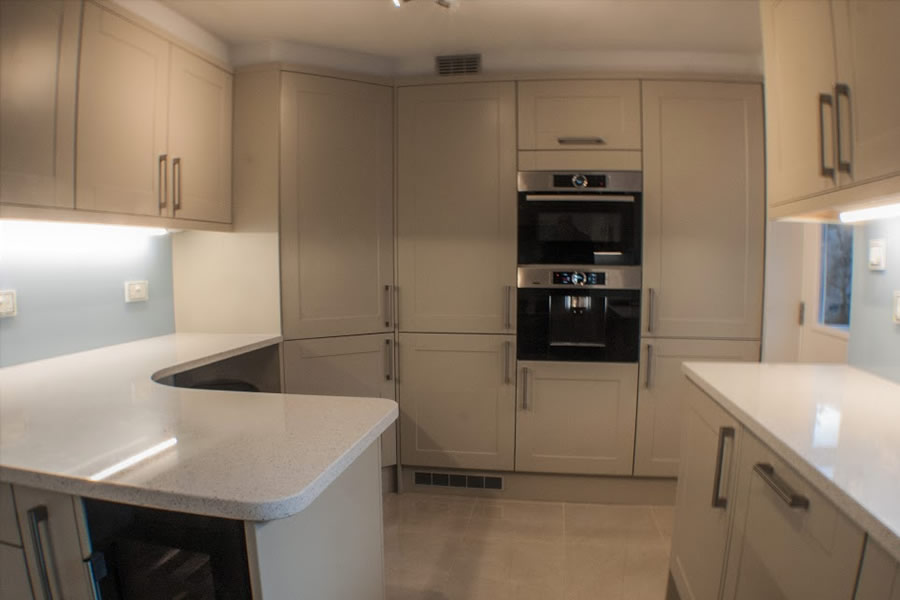Kitchen fitting & fitter covering Taunton, Bridgwater, Wellington and Somerset
